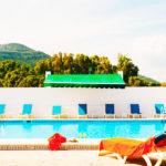 Hotel La Codorniz: Hotel en Tarifa Piscina al Aire Libre