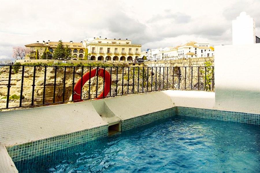 Piscina Hotel Montelirio