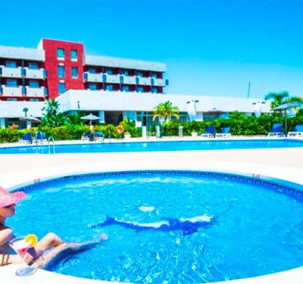 Piscina Hotel Montera Plaza