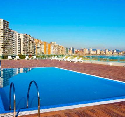 Piscina Hotel NH Gijón