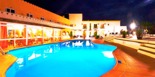 Piscina Hotel Nerja Club & Spa