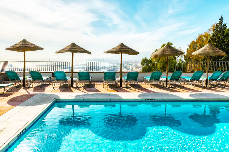 Piscina Hotel Parador de Málaga Gibralfaro