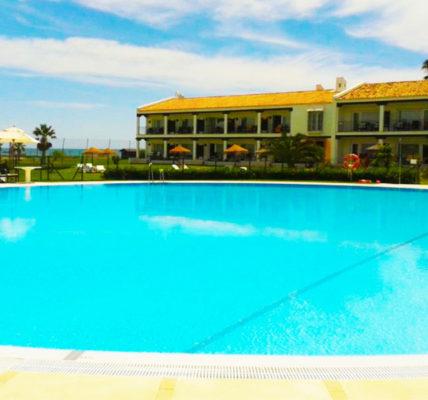 Piscina Hotel Parador de Malaga Golf