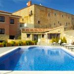 Hotel Parador de Trujillo: Hotel en Trujillo Piscina al Aire Libre