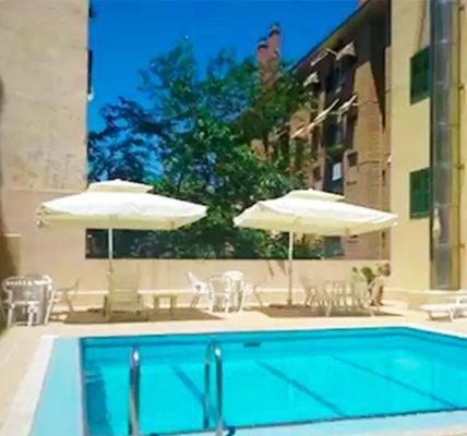 Piscina Hotel Pedro I De Aragon