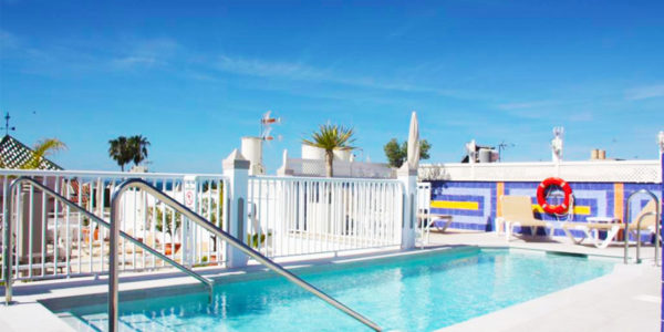 Piscina Hotel Puerta del Mar