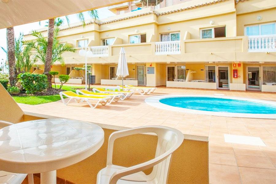 Piscina Hotel RH Casablanca Suites