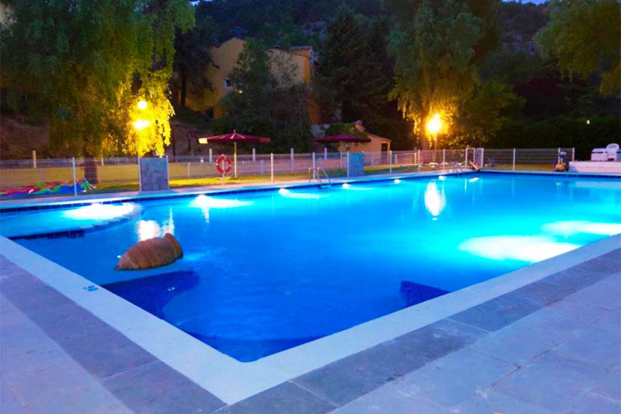 Piscina Hotel Resort Cueva del Fraile