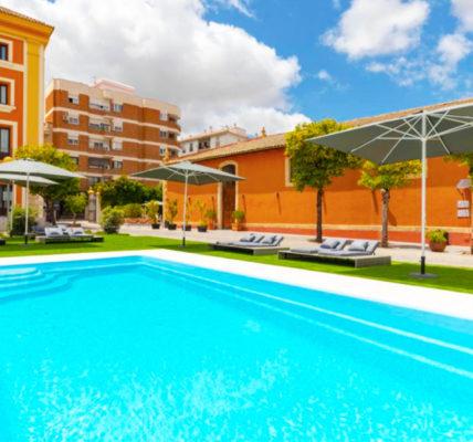 Piscina Hotel Soho Boutique Jerez & Spa