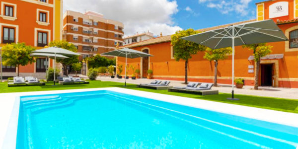 Piscina Hotel Soho Boutique Jerez & Spa