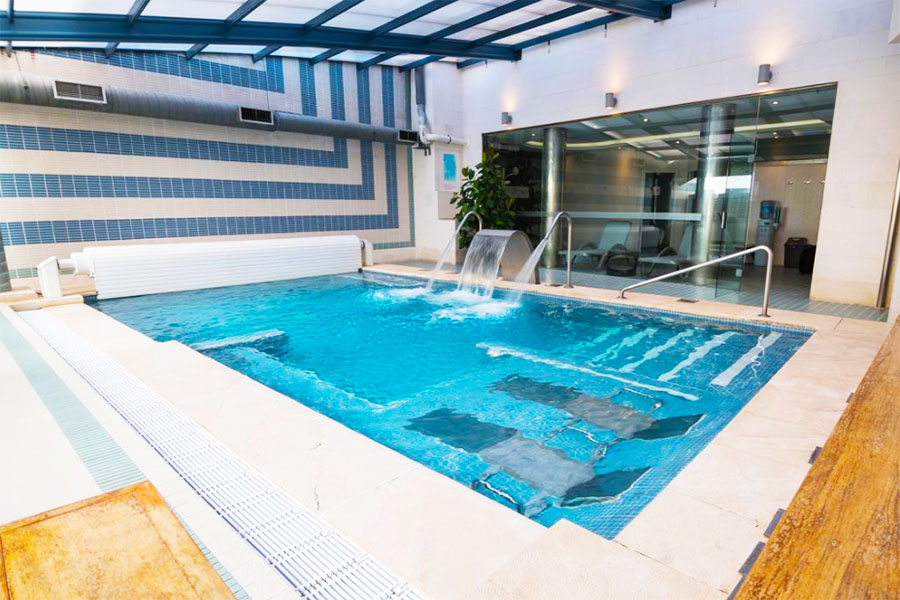 Piscina Hotel Spa Paris