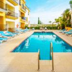 Hotel Toboso Apar - Turis: Hotel en Nerja Piscina al Aire Libre