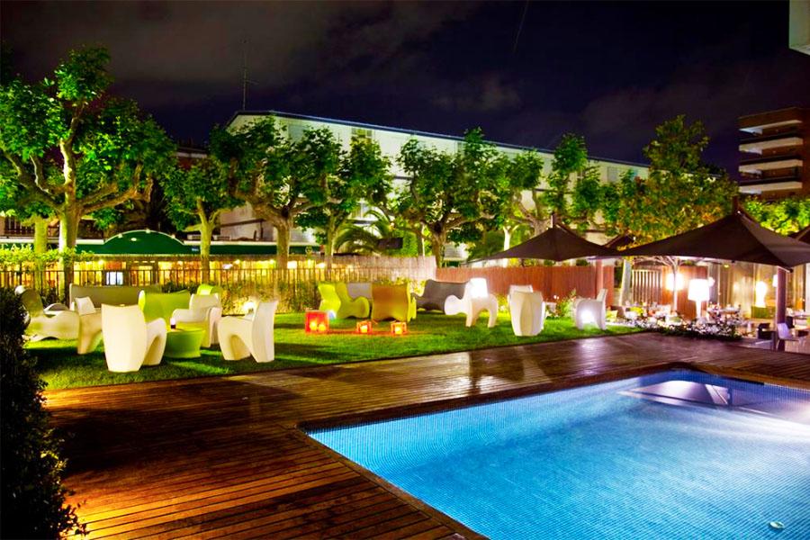 Piscina Magnolia Hotel