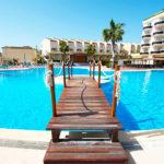 Hotel Peñiscola Plaza Suites: Hotel en Peñiscola Piscina al Aire Libre