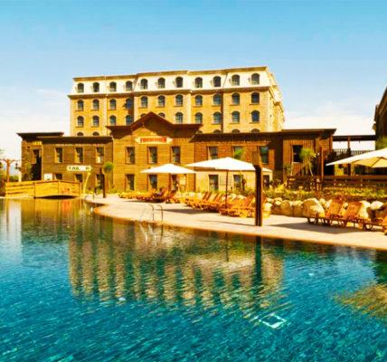 Piscina PortAventura Hotel Gold River