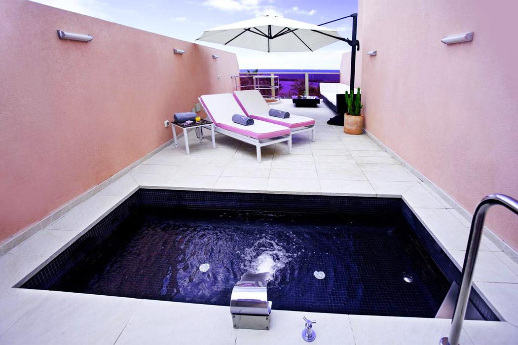 Sir Anthony Tenerife piscina privada habitacion
